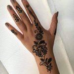 5 Feuilles Mehndi Tatouage Pochoir pour la main Set H Mehndi Tatouages au henné - pour tatouage au henné, tatouage paillettes et aérographe tatouage de la marque Beyond Paradise image 4 produit