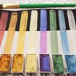 Coffret Aquarelle Japonaise Komerobi – 40 Godets de Couleur Dont 6 Métalliques et 6 Fluo – Aquarelle Richement Pigmentée - Peut Être Utilisé en Combinaison Avec des Feutres Aquarelle – MozArt Supplies de la marque MozArt Supplies image 1 produit