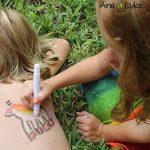 Ensemble de Crayons de Peinture de Visage Grandes, 12 Bâtons de Peinture de Corps de couleur vive lavable non-toxique. Facile à utiliser, à base d'eau, durable. Idéal pour les Enfants, Noël, de la marque Ava and Frank image 4 produit